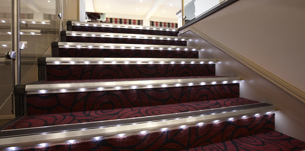 Sistemas de iluminaci n led gradus contract interior solutions - Iluminacion led escaleras ...